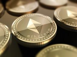 شركة فيزا تتعاون مع Crypto.com لتسوية المعاملات المالية على شبكة ايثيريوم
